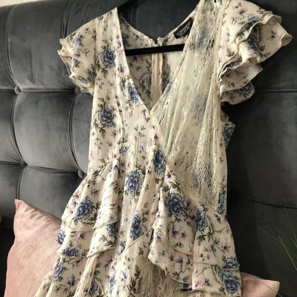 Topshop Dresses & Skirts - TOPSHOP cream floral ruffle see through lace dress